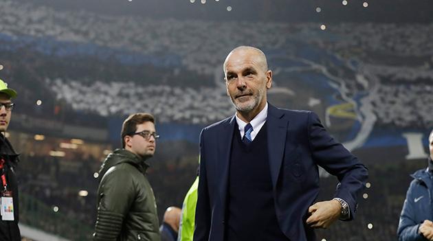 Пиоли си поднесе оставка  Интер го одби