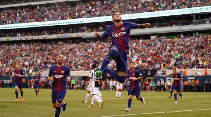 Се зборува за трансфер во ПСЖ  а Нејмар блеска во дресот на Барселона  Два фантастични гола против Јувентус