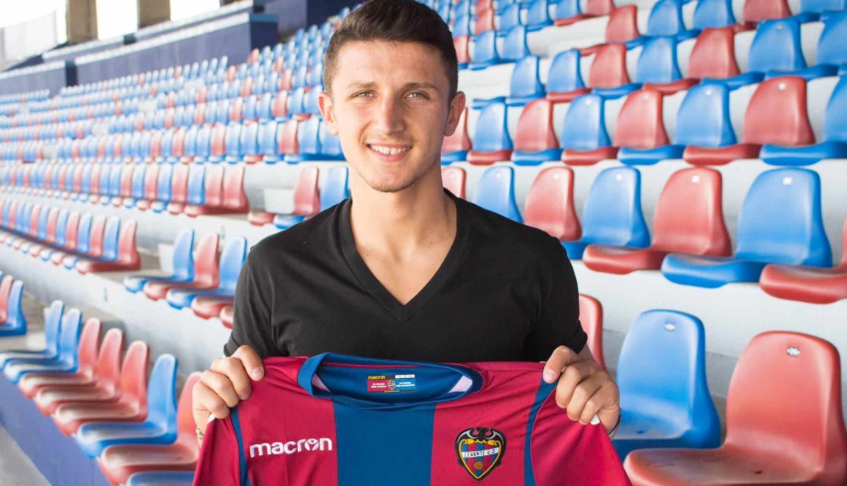 Официјално  Барди потпиша тригодишен договор со Леванте