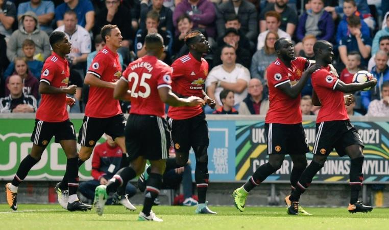 Манчестер јунајтед изгледа моќно  нова победа од 4 0