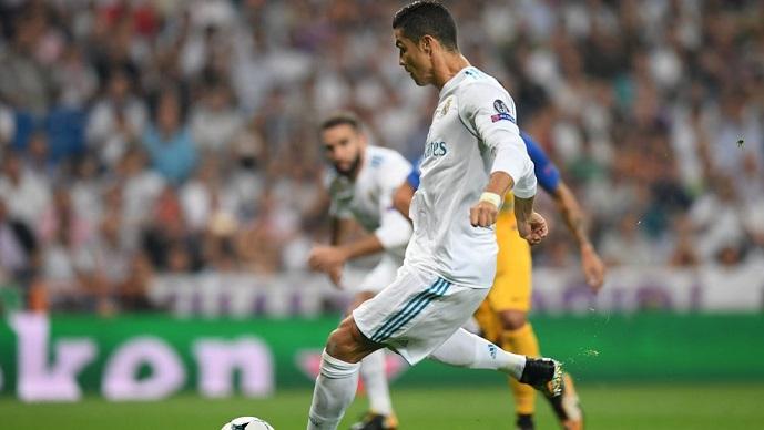 Роналдо им го сврте умот на своите соиграчи за време на тренинг  погоди и на крајот извика  ВАМОС