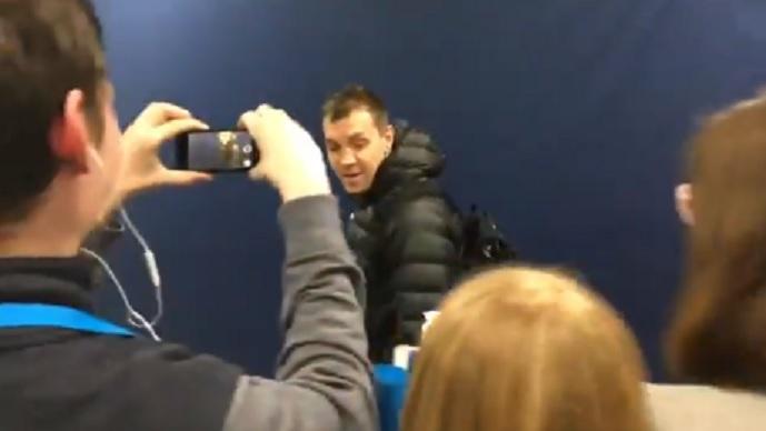 Гачевски му создаде проблеми  Новинарите го сардисаа Дзјуба за промашениот пенал  овој зема пита и си замина