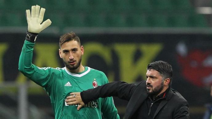 Милан застана во одбрана на Донарума и го нападна Рајола  Знаеме од каде доаѓа злото